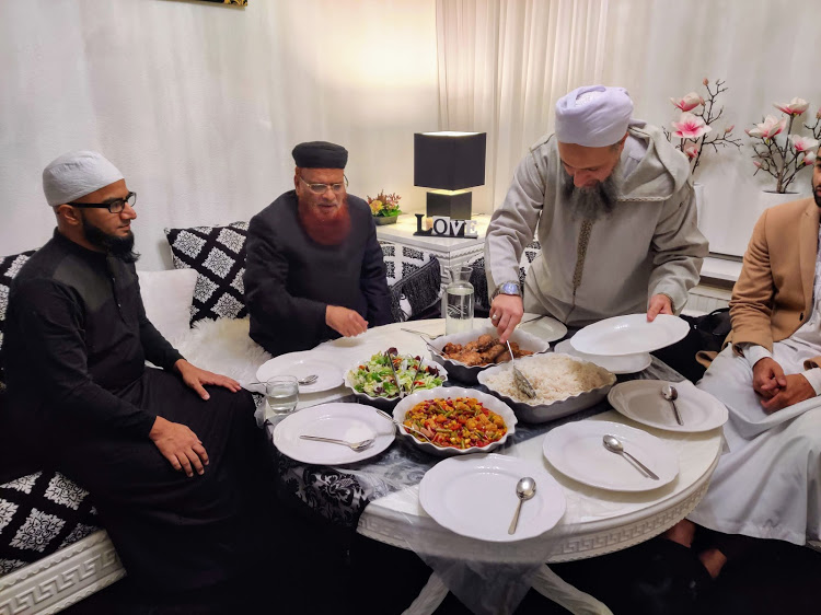 haykh Sa'id Muqaddami hosting Shaykh at his house (Lochem)